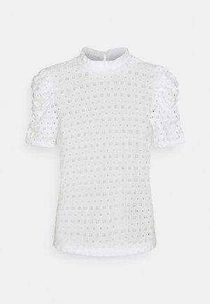 PCCHRISTY   - Print T-shirt - cloud dancer
