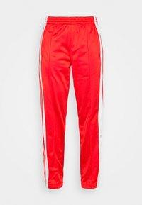 adidas Originals - ADIBREAK - Joggebukse - red - 4