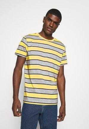 STRIPE - Print T-shirt - light yellow
