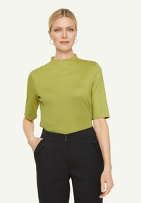 comma - Basic T-shirt - spring green - 0