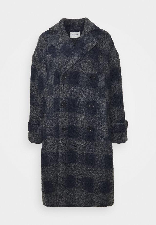 PLUMBER LONG COAT - Wollmantel/klassischer Mantel - grey/dark blue