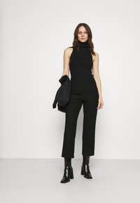 Selected Femme - SLFLINA WIDE ANKLE PANT - Trousers - black - 1