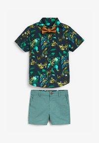 Next - SET - Shorts - green/brown - 0
