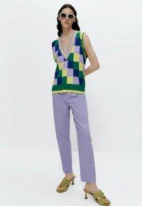 Uterqüe - Straight leg jeans - lilac - 1