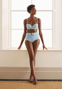 Boden - KYTHIRA  - Bikini top - blassblau gestreift - 0