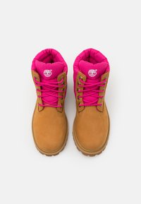 Timberland - PREMIUM - Lace-up ankle boots - wheat/pink - 3