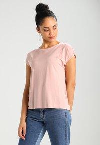 Vero Moda - VMAVA PLAIN - T-shirt basic - misty rose - 0