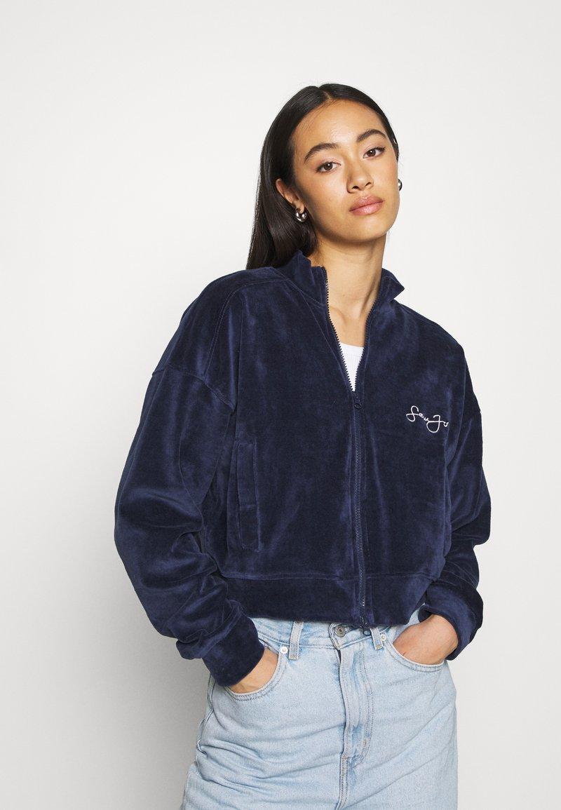 Missguided - ZIP FRONT CROP JACKET - Zip-up hoodie - navy