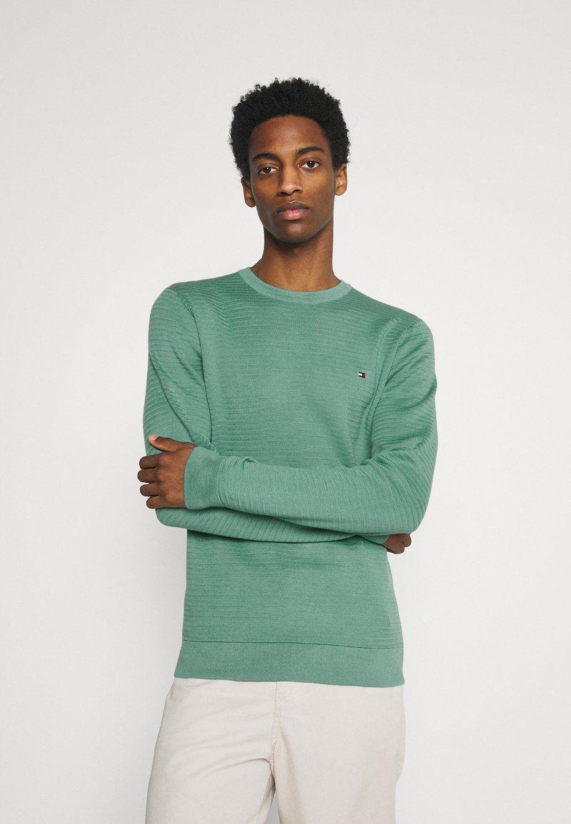 Tommy Hilfiger - ZIG ZAG STRUCTURE - Stickad tröja - glazed green