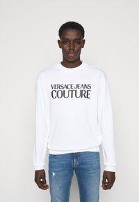 Versace Jeans Couture - FELPA - Sweatshirt - white - 0