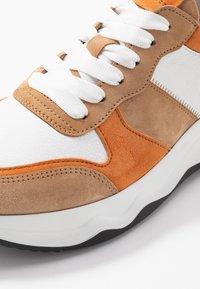 Gabor - Sneakers laag - caramel/pfirsich - 2