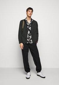 Paul Smith - GENTS SOHO - Shirt - black - 1