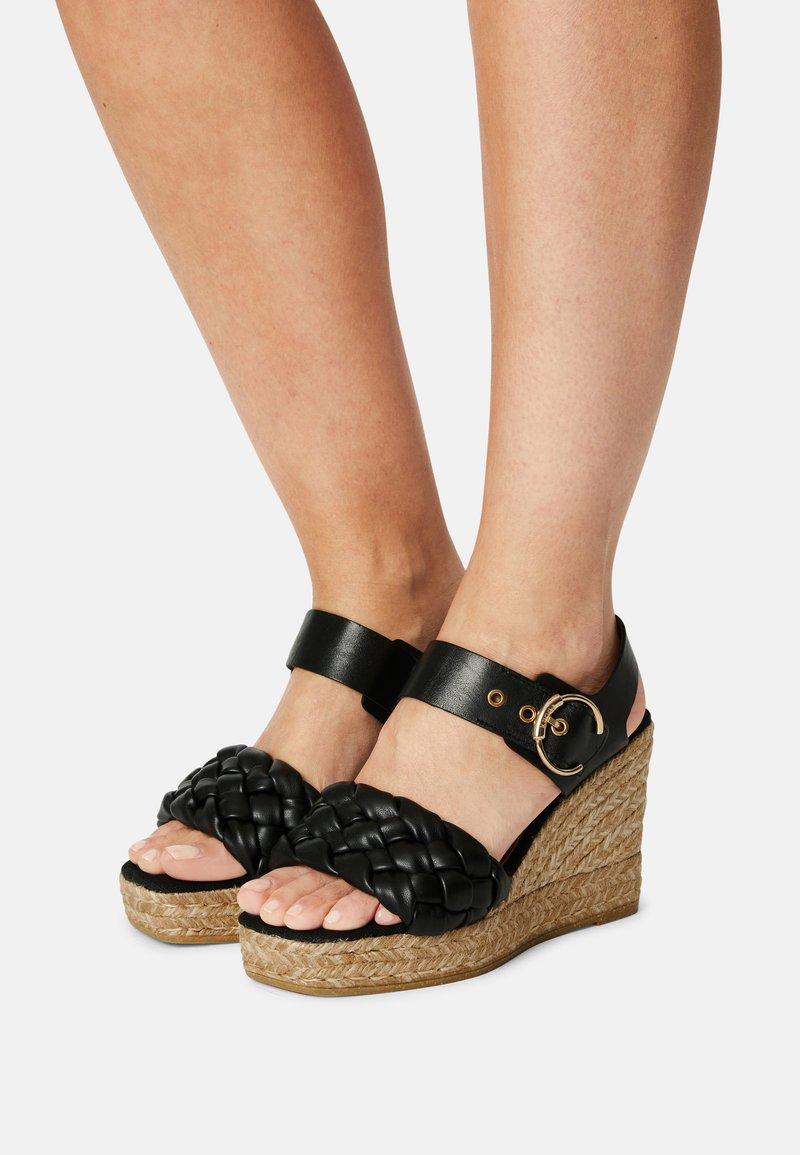 Kanna - SONIA - Platform sandals - schwarz