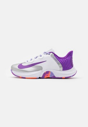 COURT AIR ZOOM TURBO - Multicourt tennis shoes - white/wild berry/bright mango