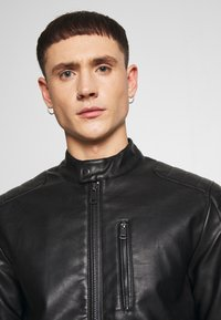 Redefined Rebel - RIVER JACKET - Veste en similicuir - black - 4