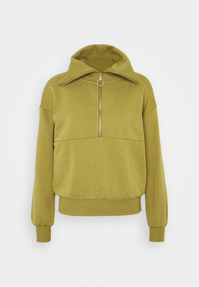 VMNATALIE ZIPPER - Sweatshirt - green moss