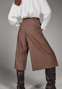 Massimo Dutti - Pantalon classique - brown - 2