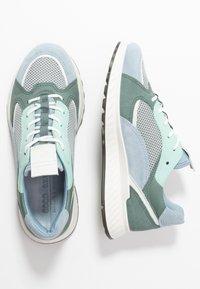ECCO - ECCO ST.1 W - Sneakers laag - dusty blue/white/concrete/lake - 3