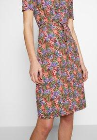 King Louie - CECIL DRESS BAHAMA - Jersey dress - apple pink - 4