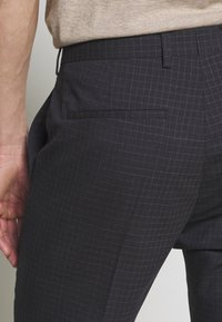 Tommy Hilfiger Tailored - SMALL CHECK SLIM FIT SUIT  - Suit - grey - 6