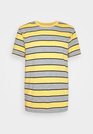 STRIPE - T-shirt med print - light yellow