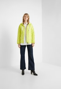Bogner - BELLA - Krótki płaszcz - lemon - 1