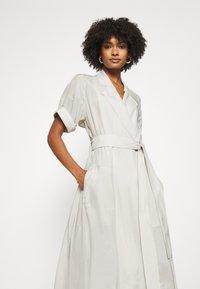 Club Monaco - TRENCH DRESS - Day dress - silver birch - 3