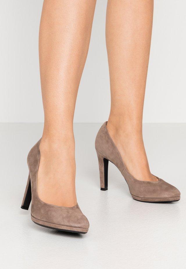 HERDI - Zapatos altos - sand