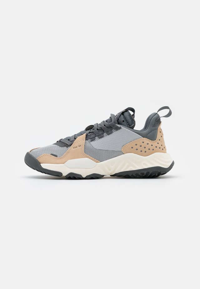 DELTA - Sneakers laag - grey fog/iron grey/smoke grey/white onyx/sail