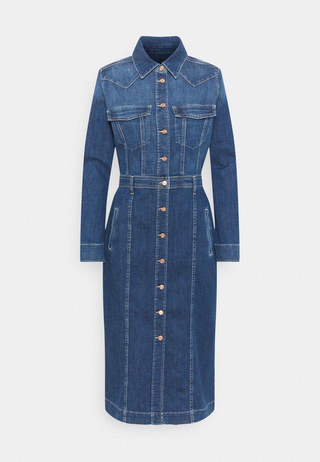 LUXE DRESS WEST - Spijkerjurk - mid blue