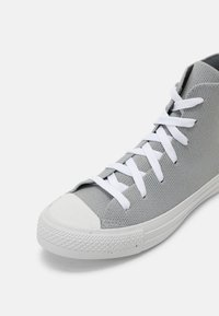 Converse - CHUCK TAYLOR ALL STAR UNISEX - Korkeavartiset tennarit - ash stone/string/white - 4
