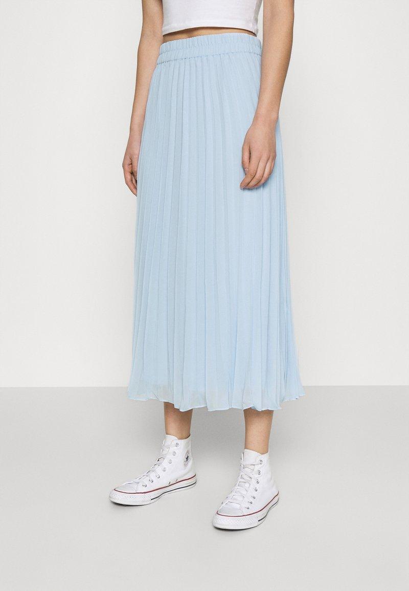 Monki - LAURA PLISSÉ SKIRT - Áčková sukně - blue light