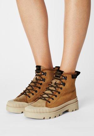 ASCOT DESERT - Lace-up ankle boots - cognac