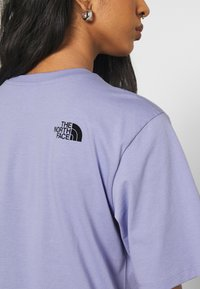 The North Face - FINE TEE - Print T-shirt - sweet lavender - 4