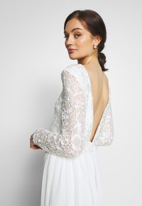 Nly by Nelly - TRIM GOWN - Iltapuku - white - 3