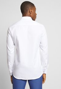 Eterna - SLIM FIT - Shirt - white - 2