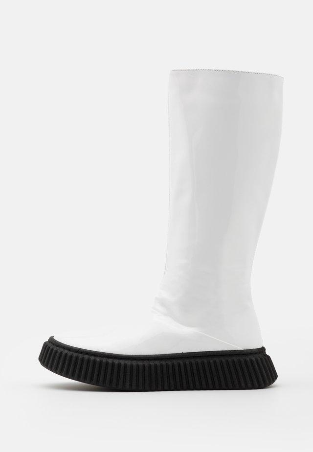 Stiefel - white