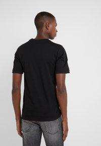 Damir Doma - T-shirts print - black - 2