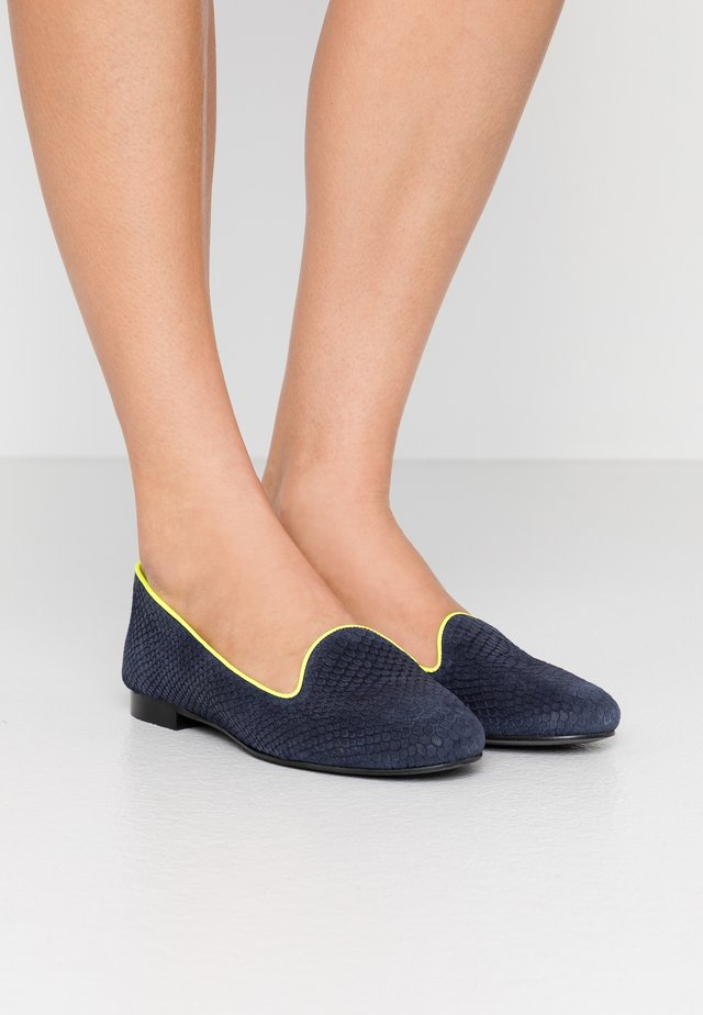 JULES - Mocassins - navy/neon yellow