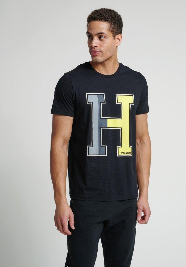 HMLLANEWAY - T-shirt imprimé - black