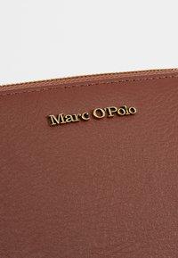 Marc O'Polo - WALLET LADIES - Wallet - dark cognac - 2