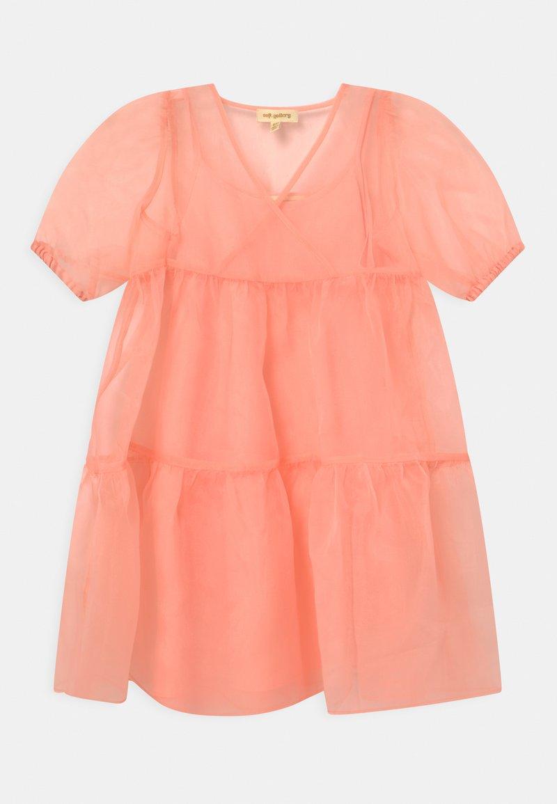 Soft Gallery - HEYA  - Robe de soirée - tropical peach