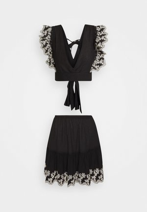 SIYAH SET - A-line skirt - black