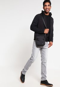 Pier One - Sudadera - black - 1