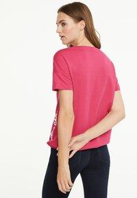 comma casual identity - Sweatshirt - pink - 3