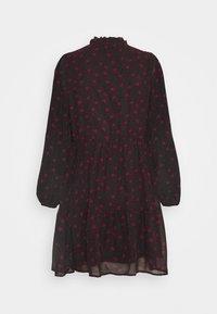 VILA PETITE - VIPLISSEAMESY DRESS - Day dress - black - 1