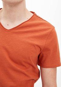 DeFacto - T-shirt basique - orange - 2