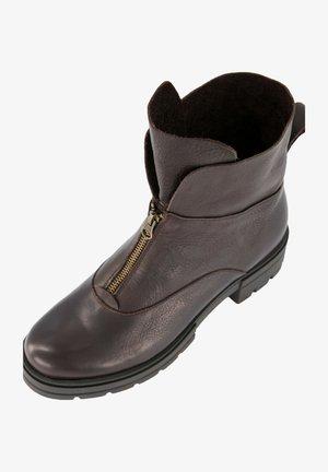Korte laarzen - donker caramel