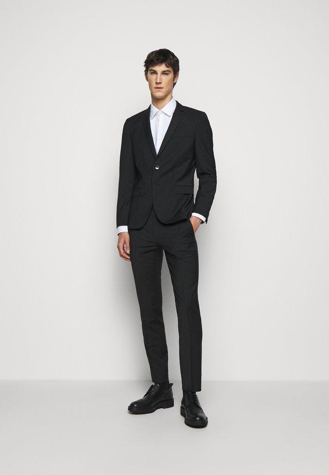 ARTI HESTEN - Anzug - black