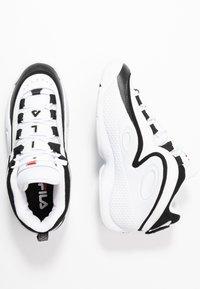 Fila - GRANT HILL 3 - Sneakersy wysokie - white/black - 1